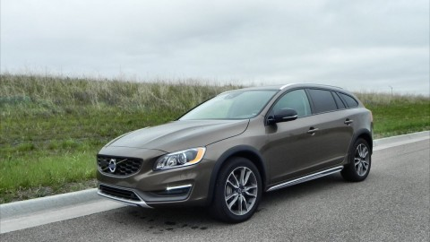 2015 Volvo V60 is Luxury Family Hauling At Its Finest