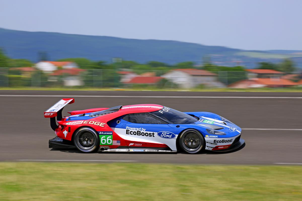 ford going to le mans in 2016 with ford gt carnewscafe. Black Bedroom Furniture Sets. Home Design Ideas