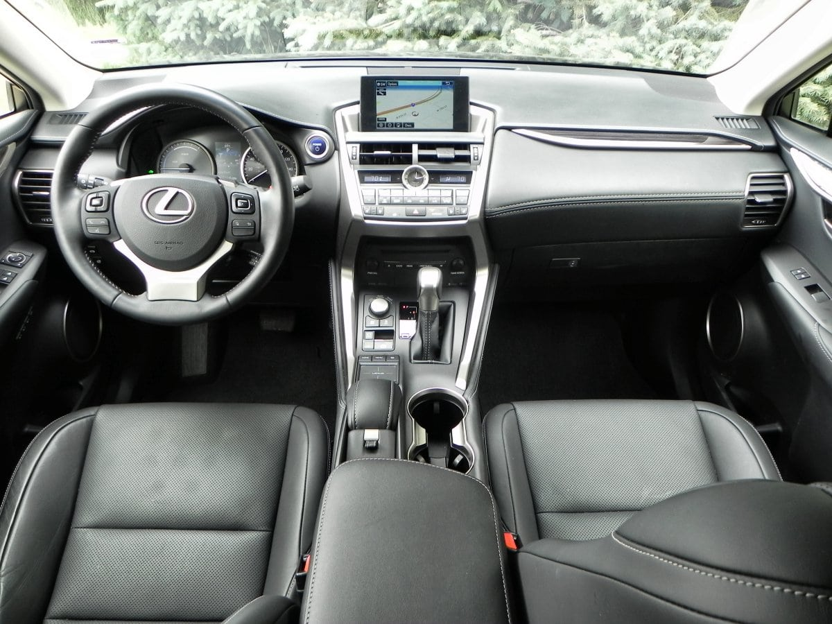 2015 lexus nx 300h is not like its 200t twin. Black Bedroom Furniture Sets. Home Design Ideas
