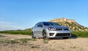 2015 Volkswagen Golf R - bluff 6 - AOA1200px