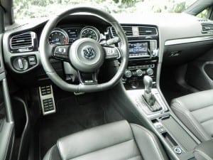 2015 Volkswagen Golf R - interior 9 - AOA1200px