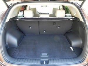 2016 Hyundai Tucson - interior 3 - AOA1200px