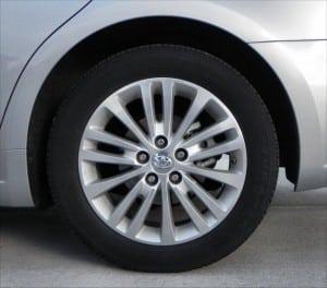 2015 Toyota Avalon Hybrid - wheel 1 - AOA1200px