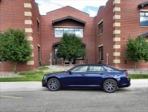 2015 Chrysler 300S - building 1 - AOA1200px