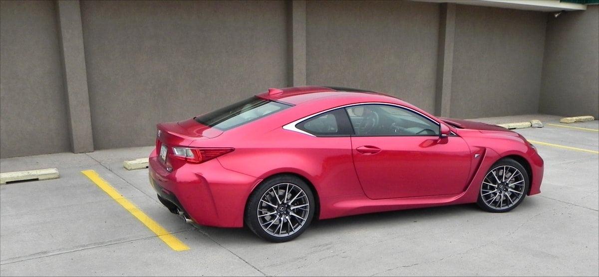 http://www.carnewscafe.com/wp-content/uploads/2015/09/2015-Lexus-RC-F-alley-3-AOA1200px.jpg