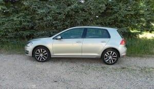 2015 Volkswagen Golf TSI - trees 1 - AOA1200px