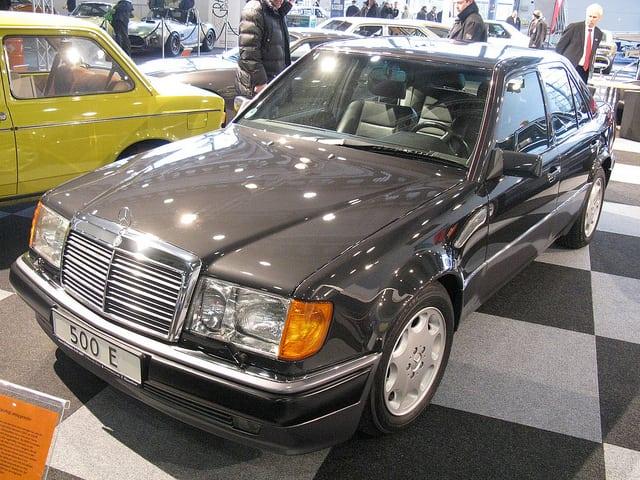 Mercedes Benz 500E