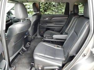 2015 Toyota Highlander - interior 4 - AOA1200px