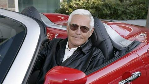 Bob Lutz Says Tesla Should Build a Volt