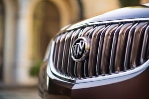 2016-Buick-Enclave-TuscanEdition-003