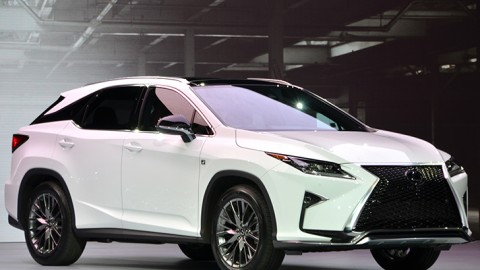 Lexus Recalls 2016 RX 350 and 450h for Airbag Issue