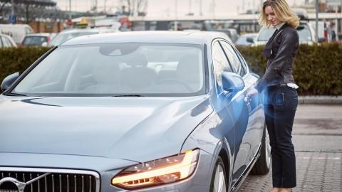 Volvo Testing Smart Phone App as Car Keys