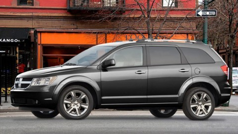 Fiat-Chrysler Recalling Old SUVs and Minivans for Seat Belt Problems