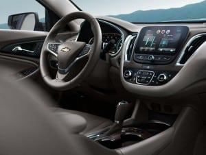 2016-Chevrolet-Malibu-011