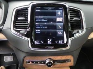 2016 Volvo XC90 - infotainment - AOA