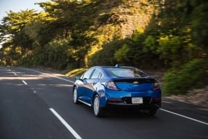 2016-Chevrolet-Volt-036