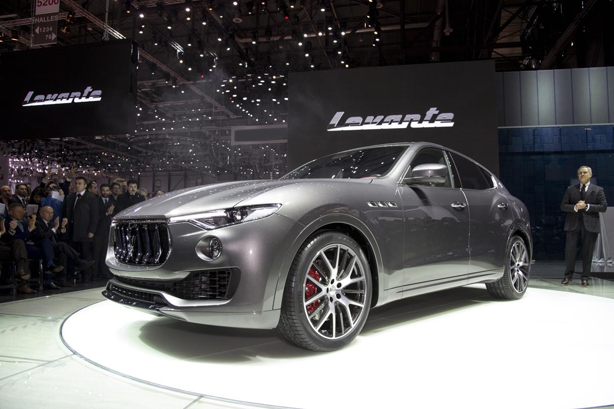 maserati levante debuts as make 39 s first suv carnewscafe. Black Bedroom Furniture Sets. Home Design Ideas