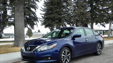 Nissan Altima gets refresh, battles Maxima, Titan for notoriety, attention