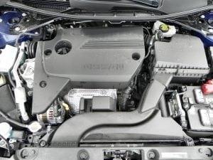 2016-nissan-altima-engine-1-aoa-1200px