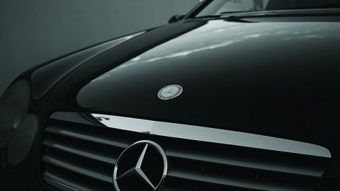 Tips for Choosing the Best Mercedes Service with Authorized Service Centre