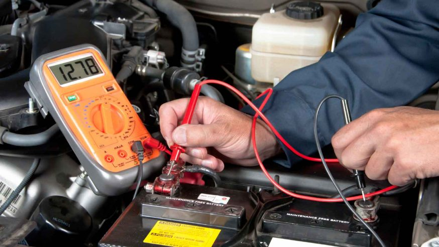 4 Signs Your Car Battery Needs Replacing