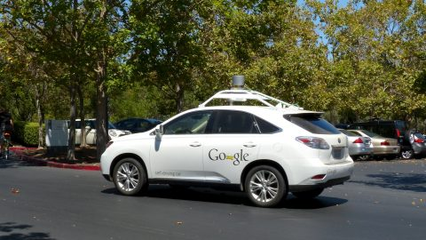 Traditional Vs Self-Driving Cars: Who Wins?