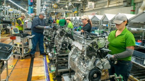 Toyota Bringing Hybrid Powertrain Production to U.S.
